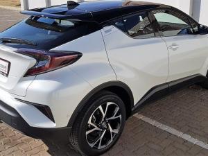 Toyota C-HR 1.2T Luxury CVT - Image 6