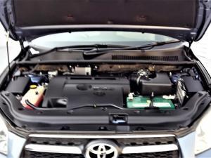 Toyota RAV4 2.2D-4D VX - Image 13