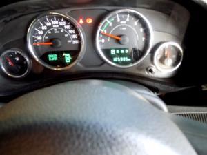 Jeep Wrangler Unltd Sahara 3.6L V6 automatic - Image 13