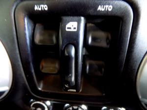 Jeep Wrangler Unltd Sahara 3.6L V6 automatic - Image 24