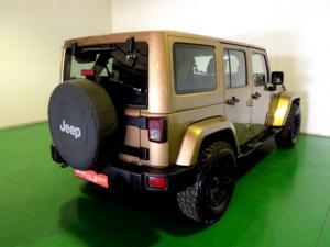 Jeep Wrangler Unltd Sahara 3.6L V6 automatic - Image 4