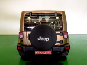Jeep Wrangler Unltd Sahara 3.6L V6 automatic - Image 6