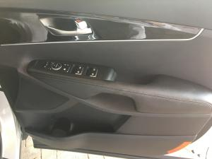 Kia Sorento 2.2D EX automatic - Image 13