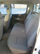 Toyota Hilux 3.0D-4D double cab 4x4 Raider - Image 8