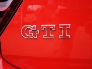 Volkswagen Polo 2.0 GTI DSG - Image 14