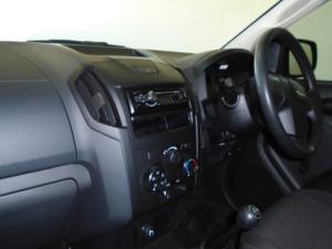 Isuzu D-MAX 250 HO Fleetside Safety S/C - Image 7