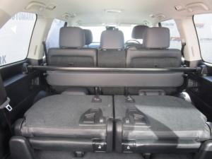 Toyota Land Cruiser 200 V8 4.5D VX-R automatic - Image 10