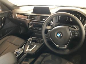 BMW 120i Sport Line 5-Door automatic - Image 10