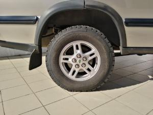 Land Rover Discovery GS TD5 automatic - Image 10
