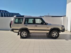 Land Rover Discovery GS TD5 automatic - Image 2