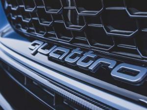 Audi RS4 Avant - Image 12