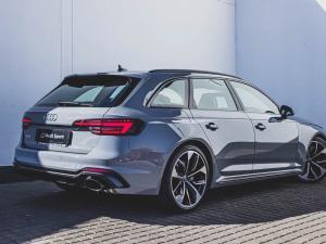Audi RS4 Avant - Image 4