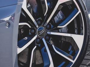 Audi RS4 Avant - Image 8