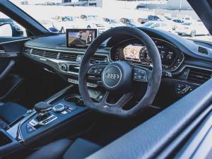 Audi RS4 Avant - Image 9