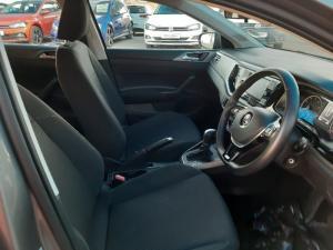 Volkswagen Polo 1.0 TSI Comfortline DSG - Image 6