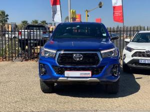 Toyota Hilux 2.8 GD-6 Raider 4X4 automaticD/C - Image 2