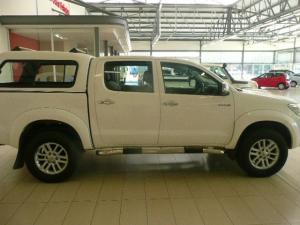 Toyota Hilux 3.0D-4D double cab 4x4 Raider auto - Image 4