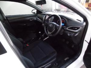 Toyota Yaris 1.5 Cross - Image 6