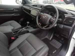 Toyota Hilux 2.8GD-6 Xtra cab Raider auto - Image 5