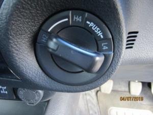 Toyota Hilux 2.8 GD-6 Raider 4X4D/C - Image 36