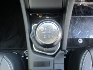 Toyota Corolla 1.4D Prestige - Image 24
