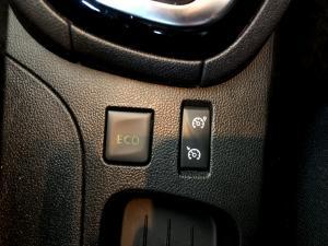 Renault Clio IV 1.2T Expression EDC 5-Door - Image 26
