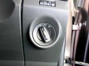 Volkswagen Amarok 2.0 Bitdi Highline 132KW 4MOT automatic D/C - Image 18