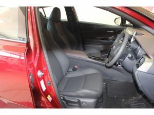 Toyota C-HR 1.2T Luxury CVT - Image 11