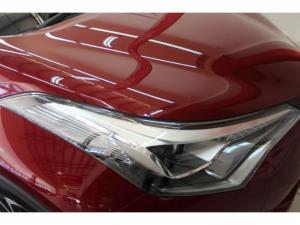 Toyota C-HR 1.2T Luxury CVT - Image 7