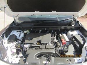 Toyota RAV4 2.0 GX - Image 13