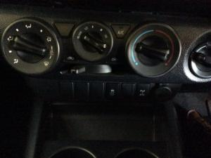 Toyota Hilux 2.4 GD-6 RB SRX automaticS/C - Image 1