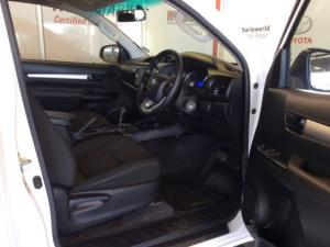 Toyota Hilux 2.4 GD-6 RB SRX automaticS/C - Image 9