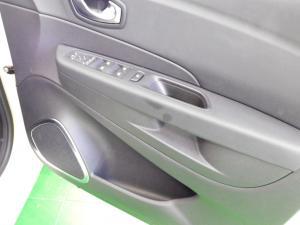 Renault Captur 1.2T Dynamique EDC 5-Door - Image 18