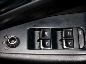 Audi Q5 2.0 TDI S Quattro S Tronic - Image 27
