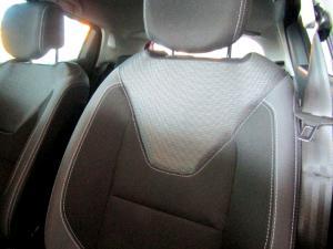 Renault Clio IV 900T Authentique 5-Door - Image 26
