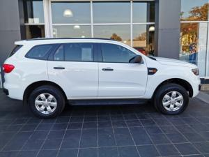 Ford Everest 2.0Turbo XLT - Image 14