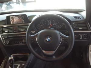 BMW 320i Luxury Line automatic - Image 10