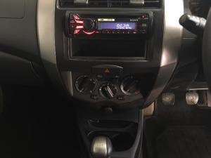 Nissan Livina 1.6 Visia - Image 11