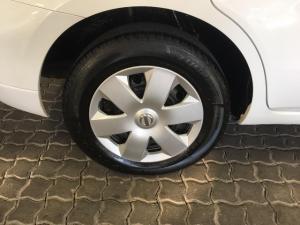 Nissan Livina 1.6 Visia - Image 8