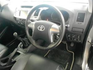 Toyota Hilux 3.0D-4D Legend 45 Xtra CAB - Image 5