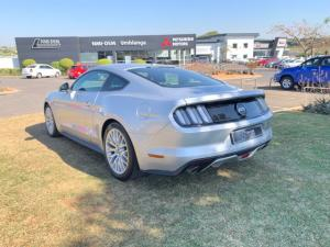 Ford Mustang 5.0 GT automatic - Image 8