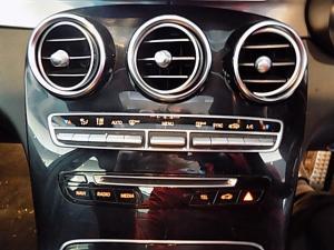 Mercedes-Benz C200 AMG Line automatic - Image 13