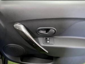 Renault Sandero 900T Stepway Expression - Image 24