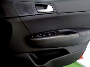 Kia Sportage 2.0 EX automatic - Image 22