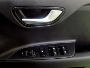 Kia RIO 1.4 TEC automatic 5-Door - Image 20