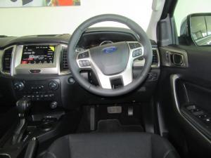 Ford Everest 2.0Turbo XLT - Image 9