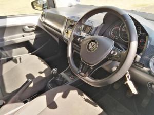 Volkswagen up! move up! 5-door 1.0 - Image 9