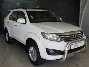 Toyota Fortuner 4.0 V6 automatic 4X4 - Image 1