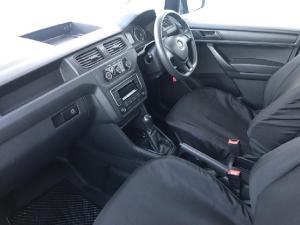 Volkswagen Caddy 2.0TDI crew bus - Image 5