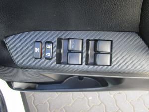 Toyota RAV4 2.2D-4D GX - Image 14